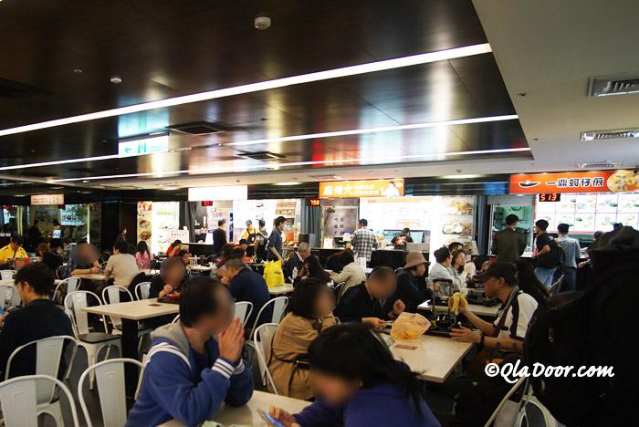 台北駅周辺の食事・フードコート