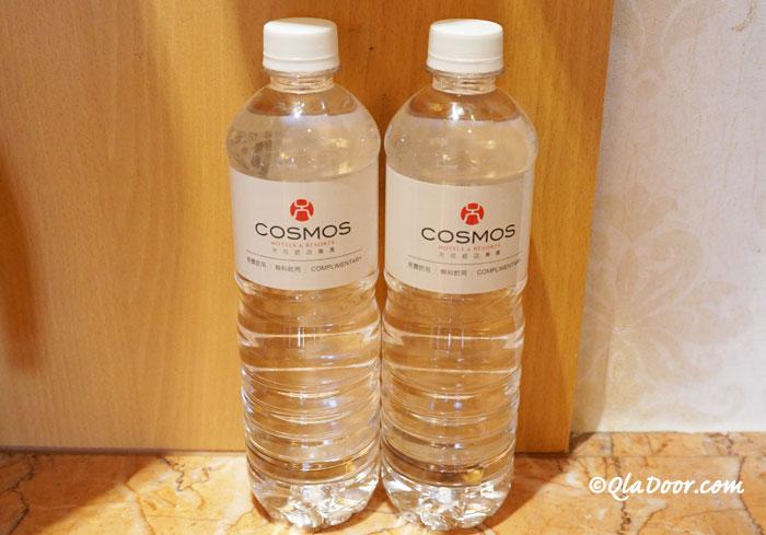 コスモスホテル台北のアメニティー・お水