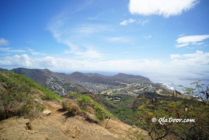 ハワイ・ココヘッドクレータートレイルの頂上