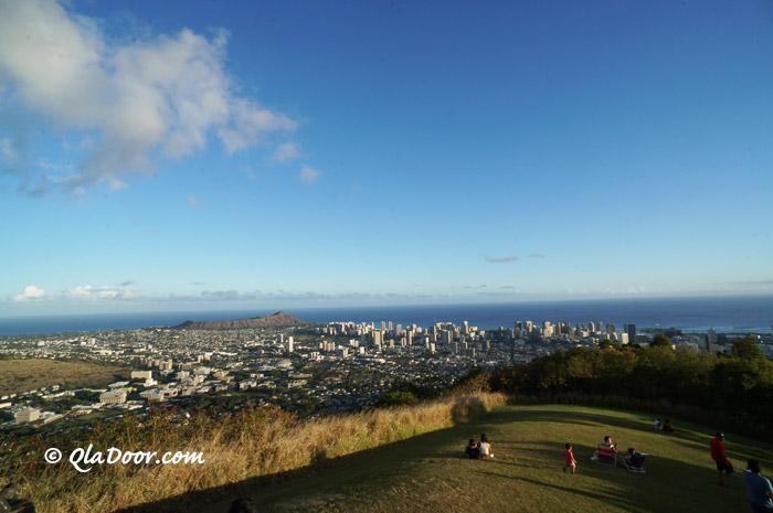 タンタラスの丘ハワイのお昼の景色