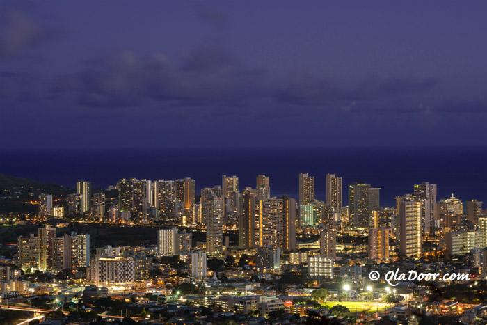 ハワイ・タンタラスの丘の夜景