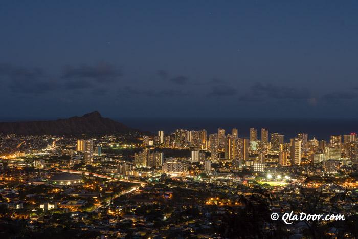 ハワイ・タンタラスの丘の夜景とオプショナルツアー