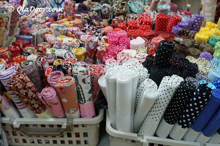 台湾のお土産で有名な布市場・年配女性にも人気