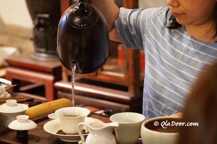 台湾のお茶は定番のお土産アイテム