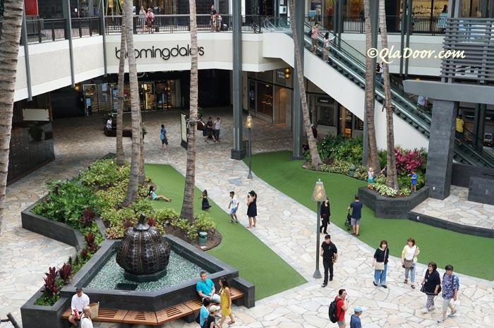 ハワイのアラモアナショッピングセンター